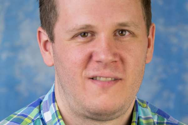 Steven Thompson, Student