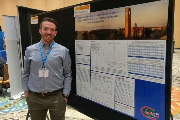 Student Karl Munds with his Poster at the 2019 Spring Clinical AAPM Meeting