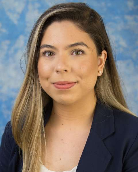 Nathalie Correa, Student